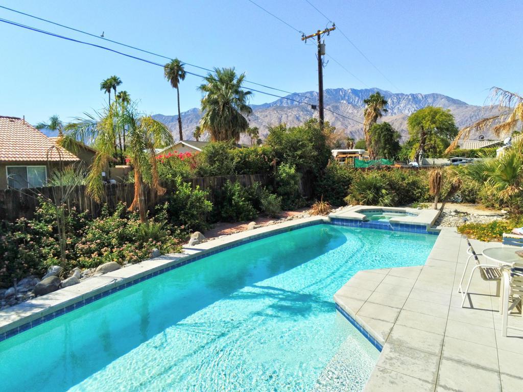 2875   E Ventura Road, Palm Springs CA 92262