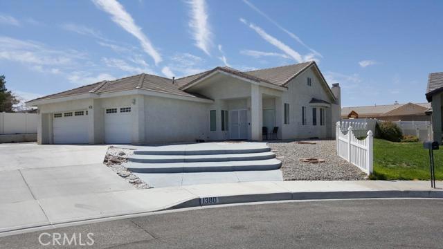 1380 Savanna Drive, Barstow, CA 92311