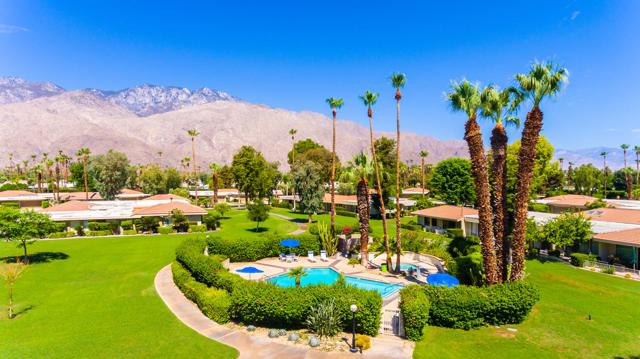 39. 2376 Oakcrest Drive Palm Springs, CA 92264