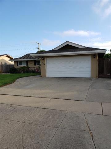 729 Saint Ann Drive, Salinas, CA 93901