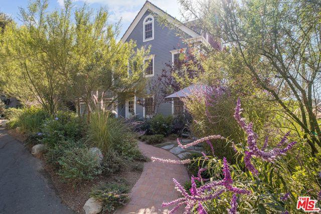 Photo of 11534 AMANDA Drive, Studio City, CA 91604