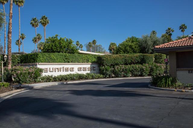 6. 2376 Oakcrest Drive Palm Springs, CA 92264