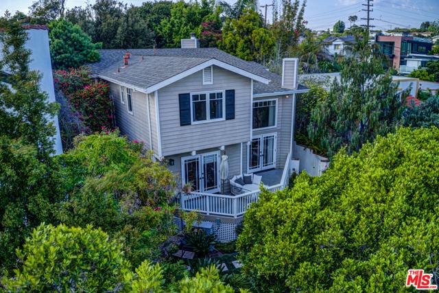 1011 PIER Avenue, Santa Monica, CA 90405