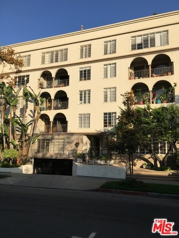 Photo of 434 S CANON Drive #201, Beverly Hills, CA 90212