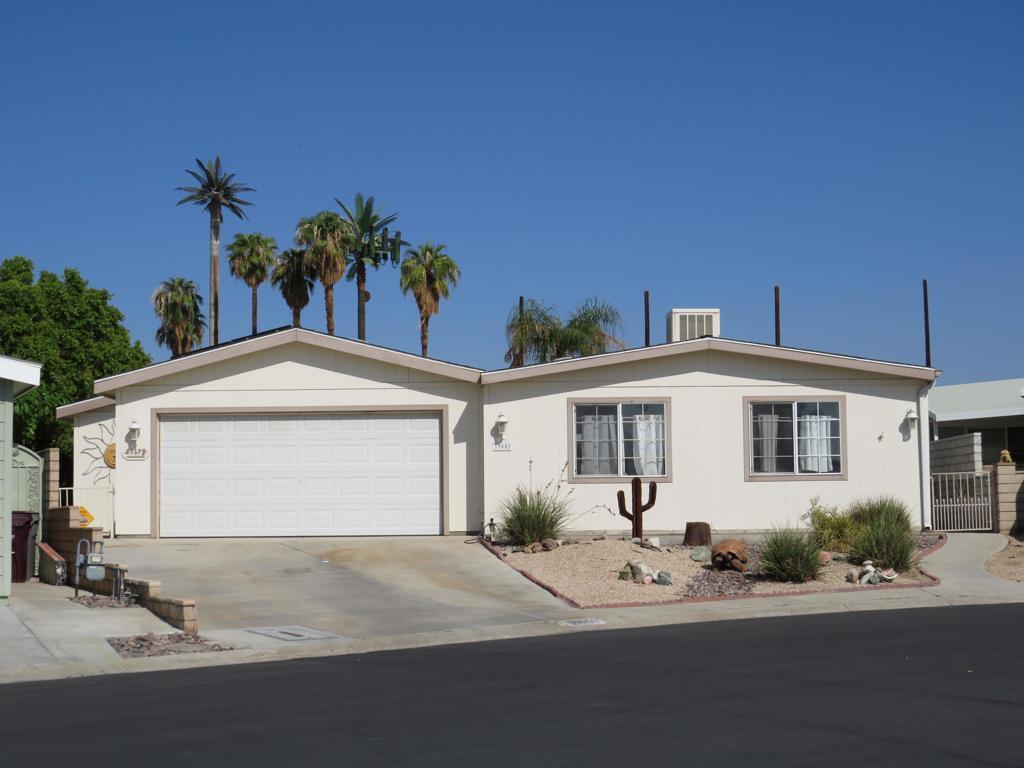 39051     Cudy Circle, Palm Desert CA 92260