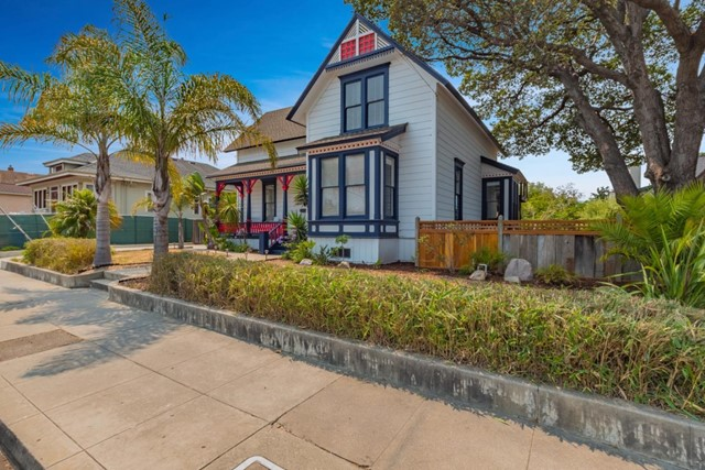 615 Seabright Avenue, Santa Cruz, CA 95062