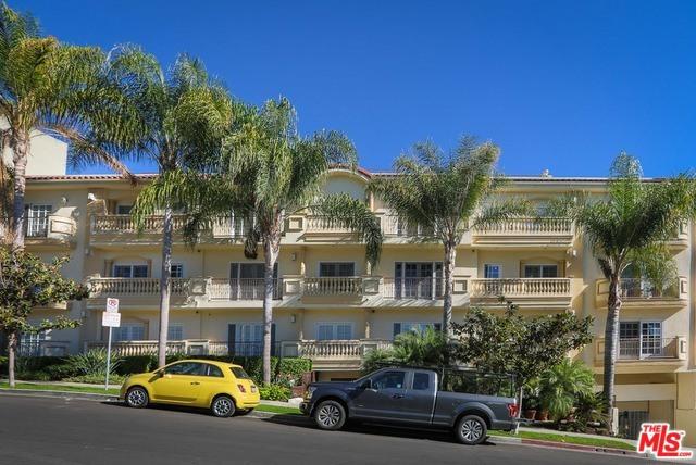 2340 FOX HILLS Drive PH2, Los Angeles, CA 90064