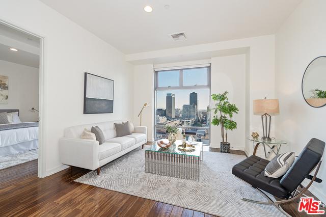 801 S GRAND Avenue 1412, Los Angeles, CA 90017