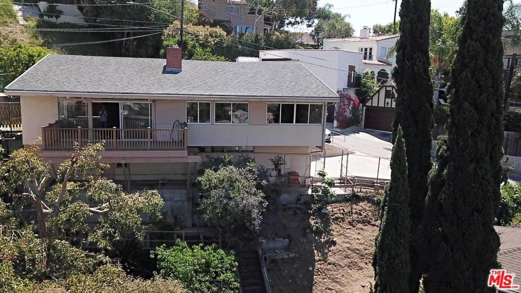 1729  SILVERWOOD Terrace