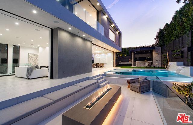 2419 EL CONTENTO Drive, Los Angeles, CA 90068