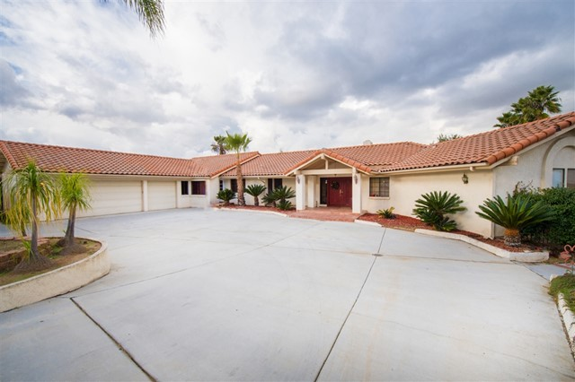 2324 Percussion Ct, El Cajon, CA 92019