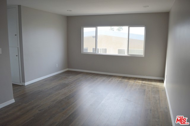 527 Avenue G C, Redondo Beach, California 90277, 1 Bedroom Bedrooms, ,1 BathroomBathrooms,For Rent,Avenue G,20654956