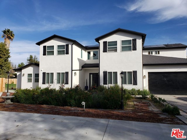 Photo of 8556 NEWCASTLE Avenue, Northridge, CA 91325