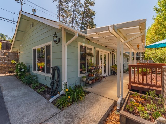 9475 Glen Arbor Road, Outside Area (Inside Ca), CA 95005