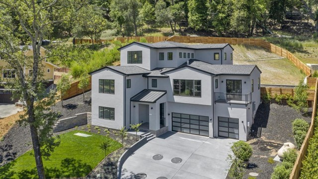 18310 Castle Hill Way, Los Gatos, CA 95033