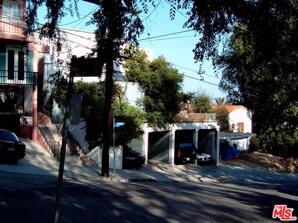 Photo of 1244 1238 Larrabee Street, West Hollywood, CA 90069