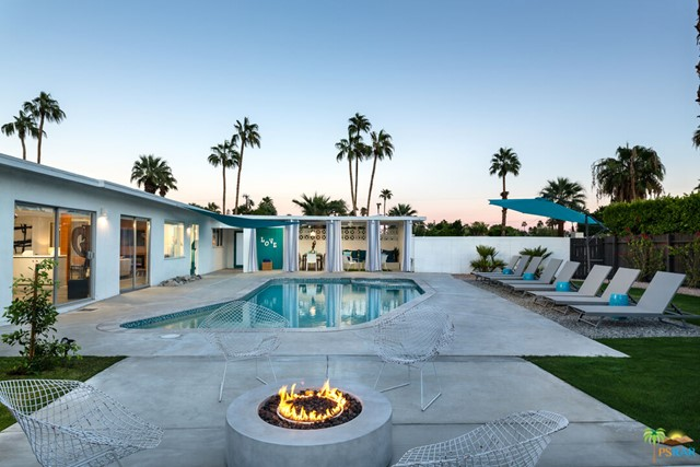 633 S Canon Dr, Palm Springs, CA 92264
