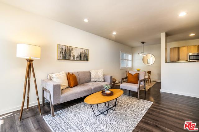 3. 330 S Barrington Avenue #110 Los Angeles, CA 90049