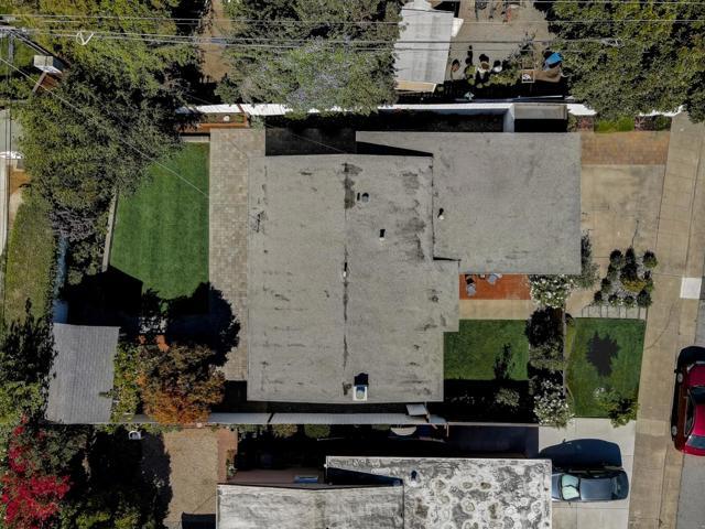 1118 Cobb Street, San Mateo CA: https://media.crmls.org/mediaz/DCBB5C8A-DF47-4F35-861A-6ACC5AEBC712.jpg