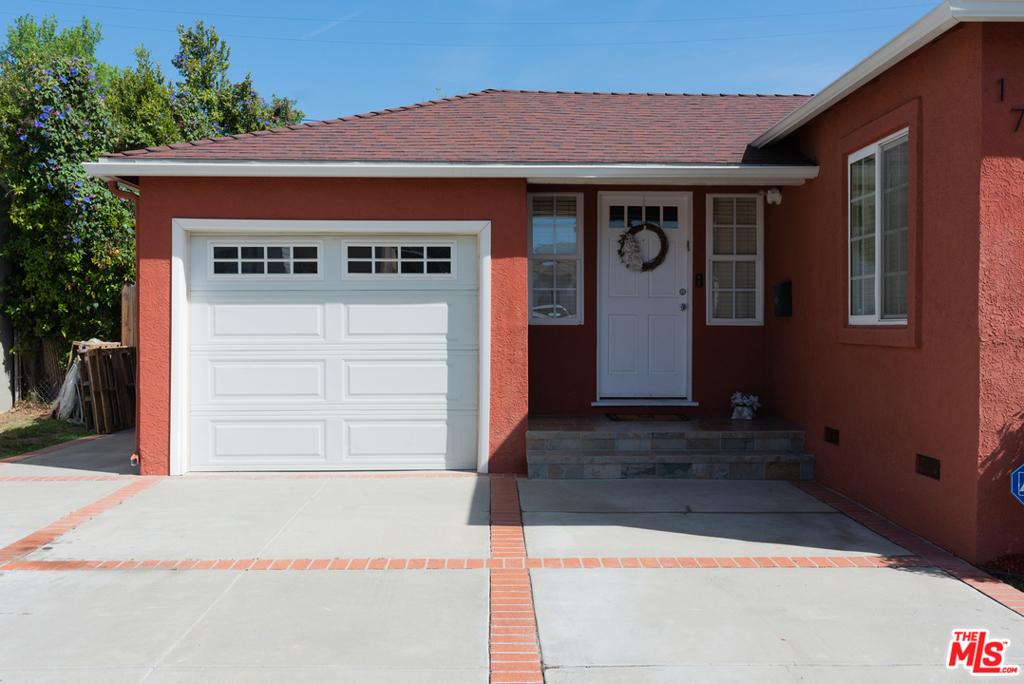 17951     Tiara Street, Encino CA 91316