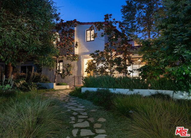 1607 CARLYLE Avenue, Santa Monica, CA 90402