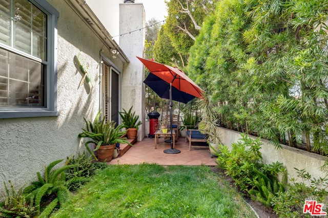 2134 Oak St, Santa Monica, CA 90405 Photo 11