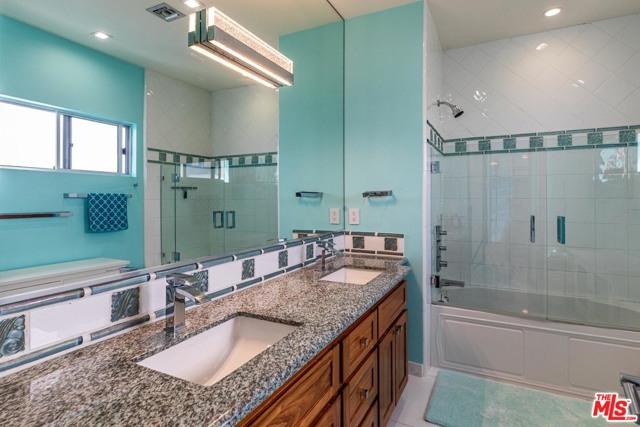 1516 The Strand, Manhattan Beach, California 90266, 4 Bedrooms Bedrooms, ,3 BathroomsBathrooms,For Sale,The Strand,21693730
