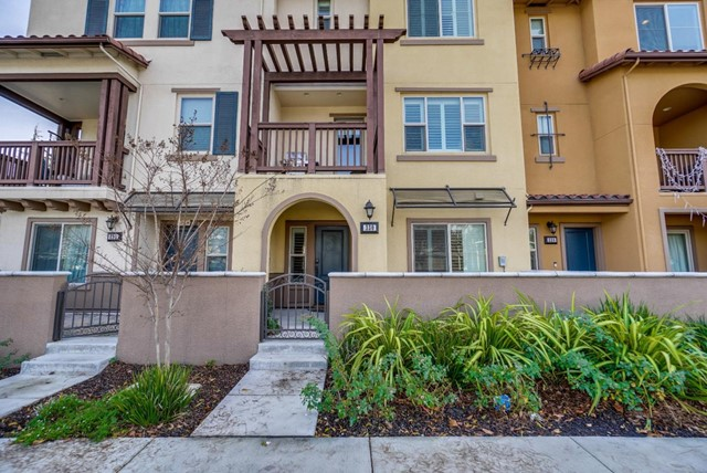 330 Fair Oaks Avenue, Sunnyvale, CA 94085