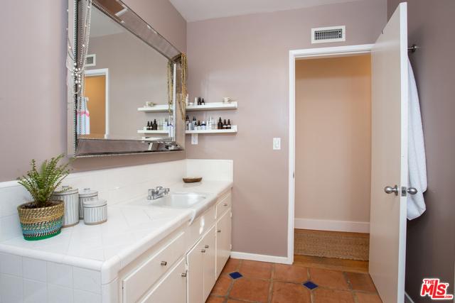 10409 Jimenez St, Lakeview Terrace, CA 91342 Photo 25