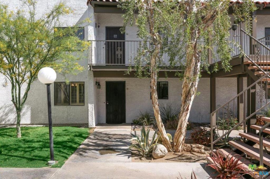 290   E San Jose Road   51, Palm Springs CA 92264
