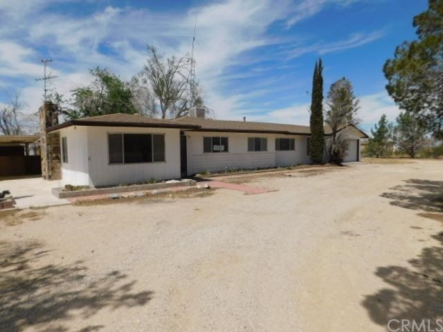 11000 Midway Ave, Lucerne Valley, CA 92356