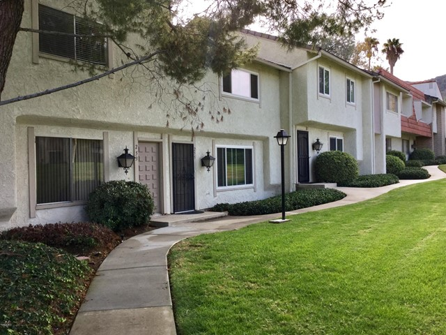 Photo of 253 Green Moor Place, Thousand Oaks, CA 91361