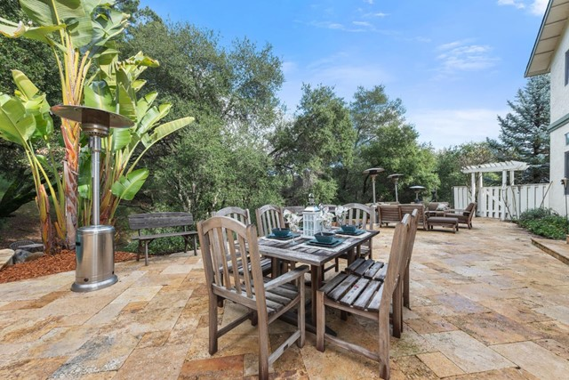 18400 Lakeview Court, Los Gatos, California 95033, 6 Bedrooms Bedrooms, ,4 BathroomsBathrooms,Single Family Residence,For Sale,Lakeview,ML81827953