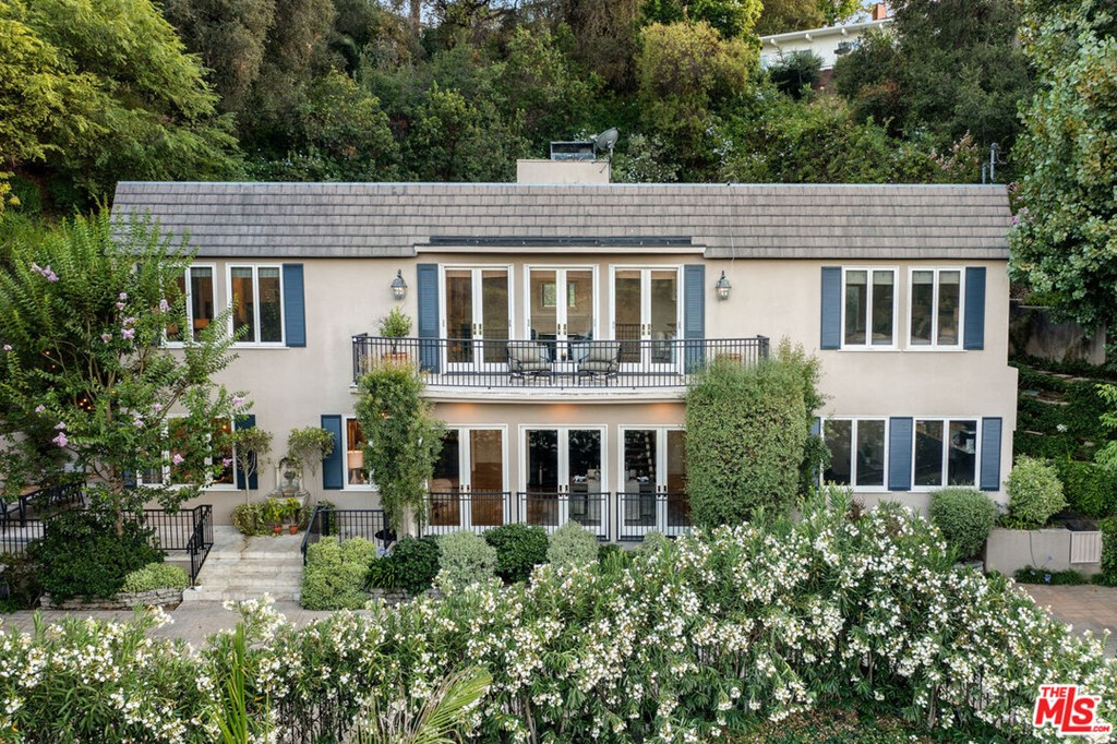 Photo of 980 Ellington Lane, Pasadena, CA 91105