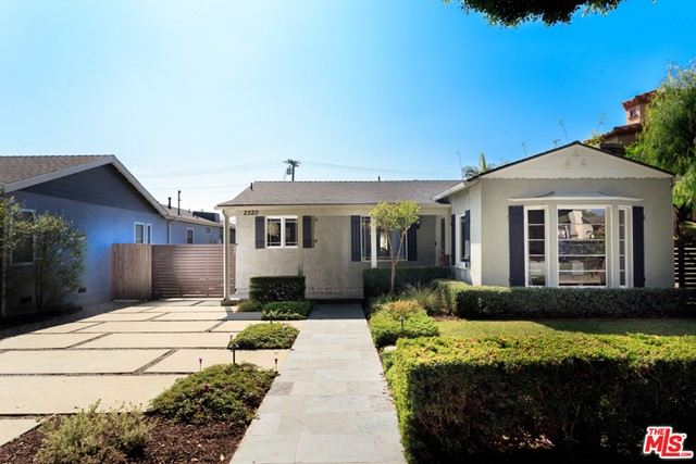2520 Cloverfield Boulevard, Santa Monica, CA 90405