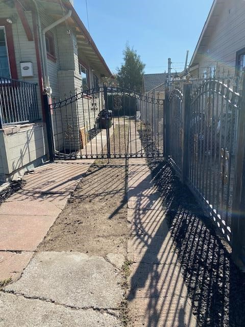 Image 20 of 1708 Auseon Ave, Oakland, CA 94621