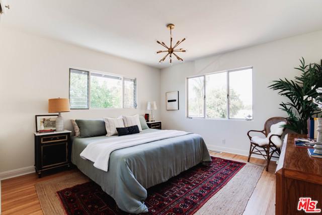 7. 1628 N Easterly Terrace Los Angeles, CA 90026