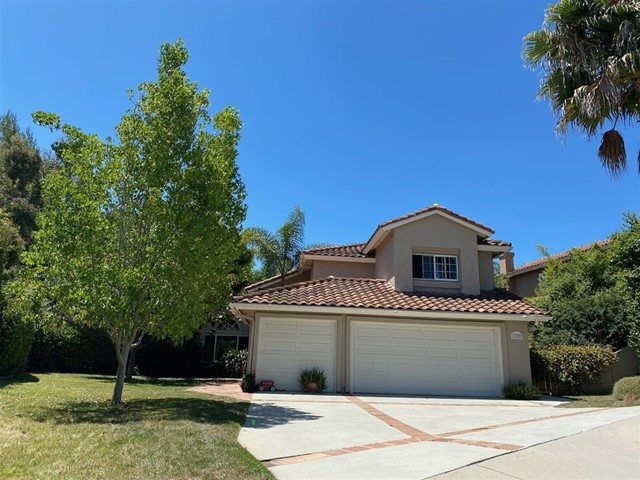 1757 COUNTRYSIDE Dr, Vista, CA 92081