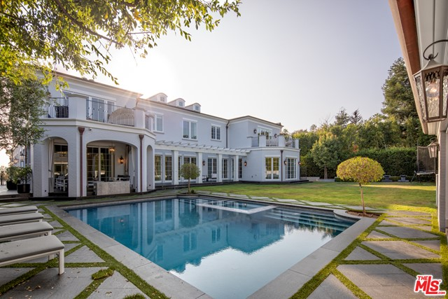 Beautiful Traditional located south of Sunset in Prime Brentwood Park.  This 13,000 square foot estate is prominently situated atop a natural bluff with views to the ocean. Boasting a total of 7 Bedrooms, 12 baths, huge master bedroom with his her baths and closets, movie theater, wine room with dining area, gym with steam room and sauna, large flat yard, putting green and outdoor covered cabana, this home built in 2017 leaves nothing to the imagination. With Privacy and additional security features, this Brentwood Park Traditional offers all of the amenities you could ask for while being walking distance to the Brentwood Country Mart.