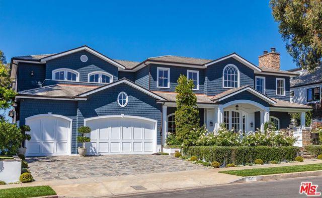 Photo of 431 Alma Real Drive, Pacific Palisades, CA 90272