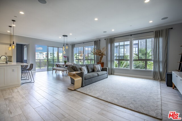 5848 Suncatcher Place 4, Playa Vista, CA 90094