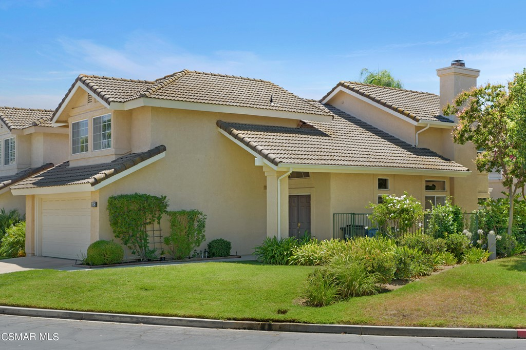 Photo of 582 Fairfield Road, Simi Valley, CA 93065