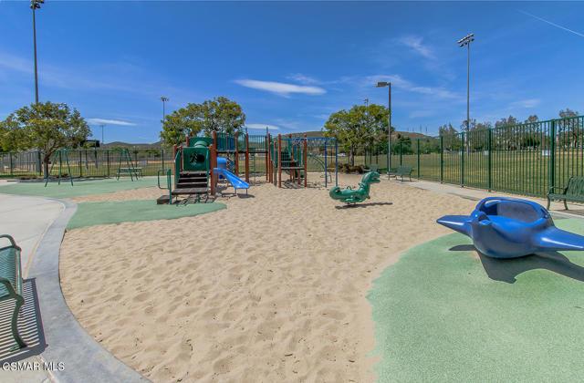 qDos Vientos Community Park3