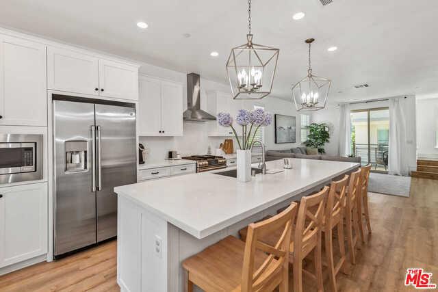 19502 Cardin Place, Northridge, CA 91324