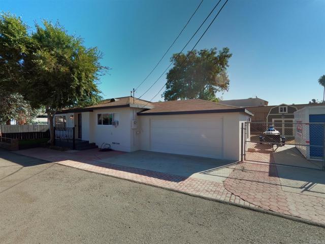 8557 Paseo Drive, Santee, CA 92071