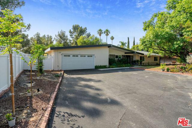 Photo of 12553 Nedra Drive, Granada Hills, CA 91344