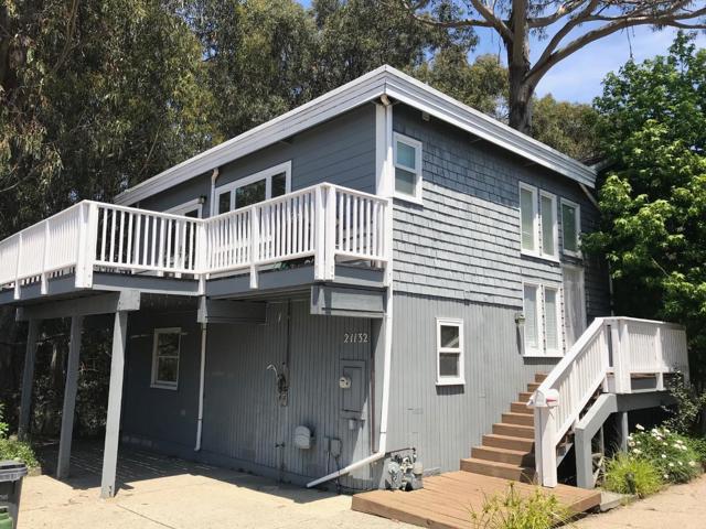 21132 Cliff Drive, Santa Cruz, CA 95062
