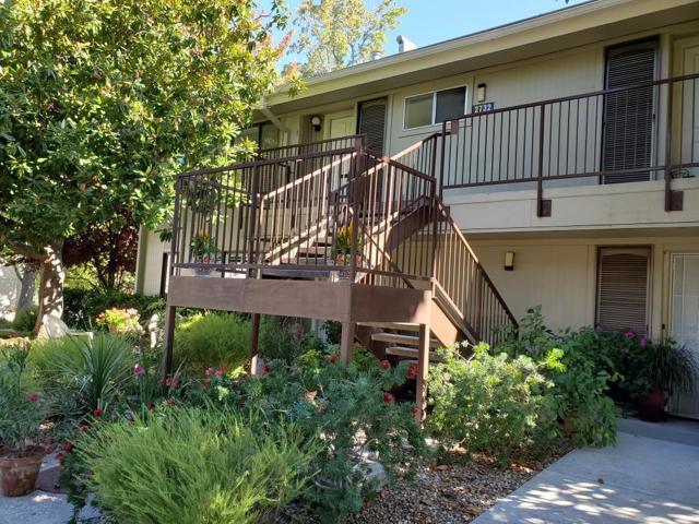 2732 Tice Creek Drive 1, Walnut Creek, CA 94595