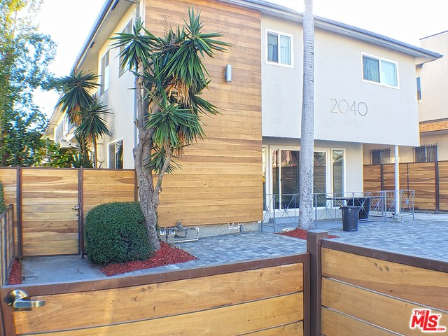 2040 S SHERBOURNE Drive 4, Los Angeles, CA 90034