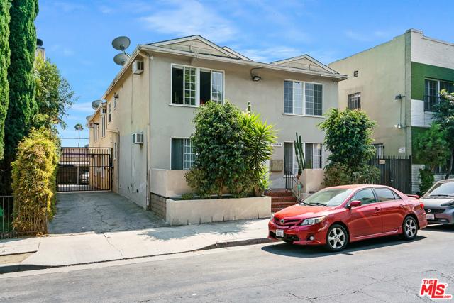 6224 De Longpre Avenue, Los Angeles CA: https://media.crmls.org/mediaz/E1EDC53A-989A-42CE-ADE1-D54D0C347E8C.jpg